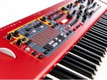 Pianos & Teclados
